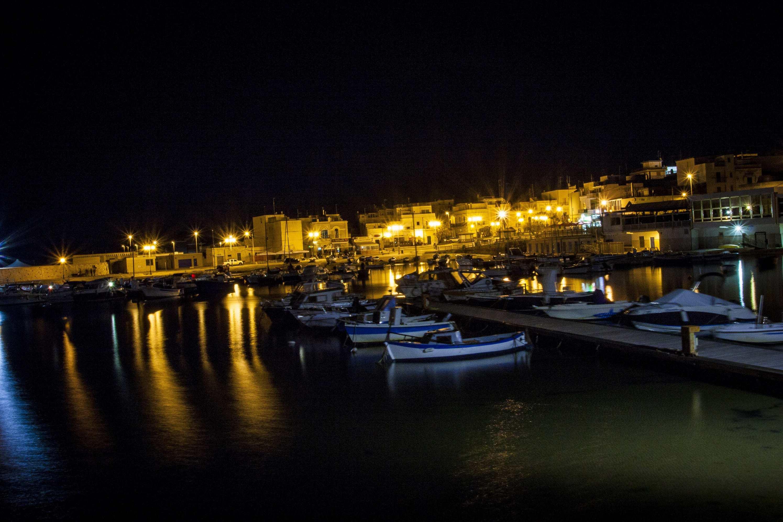 Torre a Mare ~ Il porto di notte